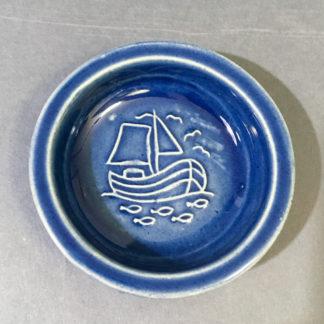 Keramikskål med fiskekutter