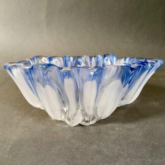 Glasskål med tulipanmønster