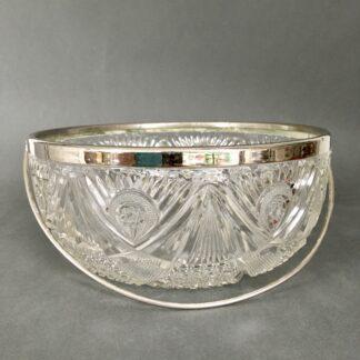 krystalskål med sølvkant