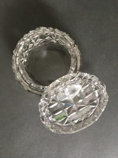krystal bonbonniere inderside
